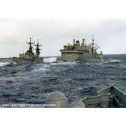 UNREP in heavy seas circa 1986 (© Rob Thede)